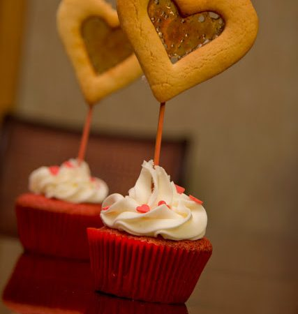 Valentine cookies cupcakes
