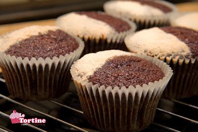 Cupcakes ricetta base: vaniglia e cacao versione Hummingbird