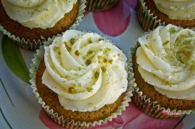 San Patrizio: Green Velvet Cupcakes