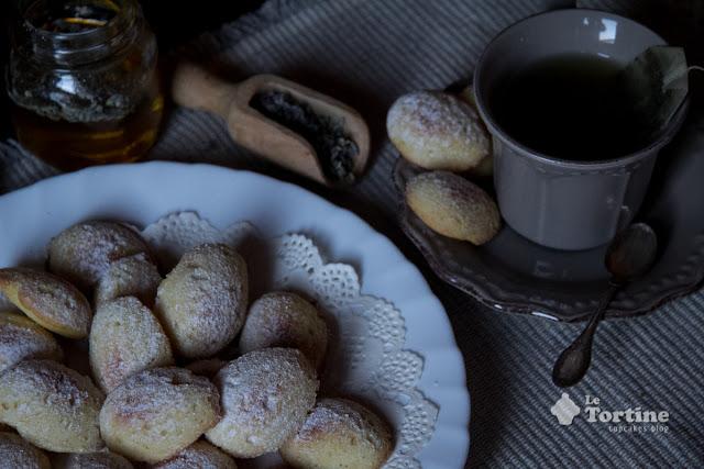 Madeleinettes al miele di lavanda e limone