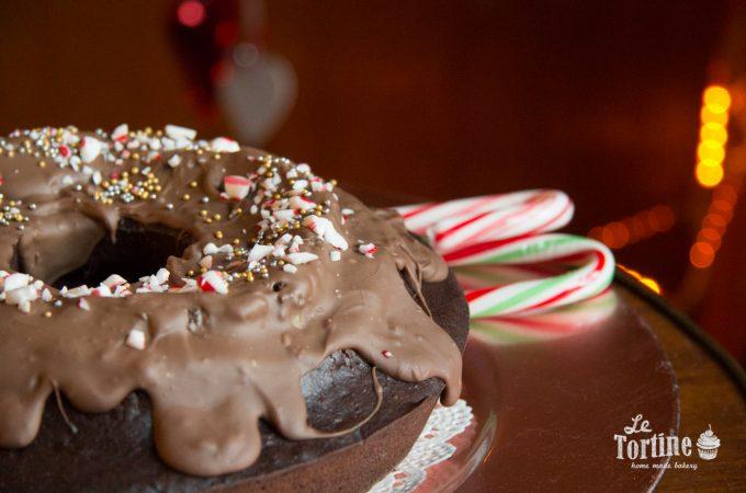 Ciambella di Natale al cioccolato e candy cane