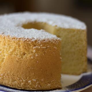 Chiffon cake al latte di cocco